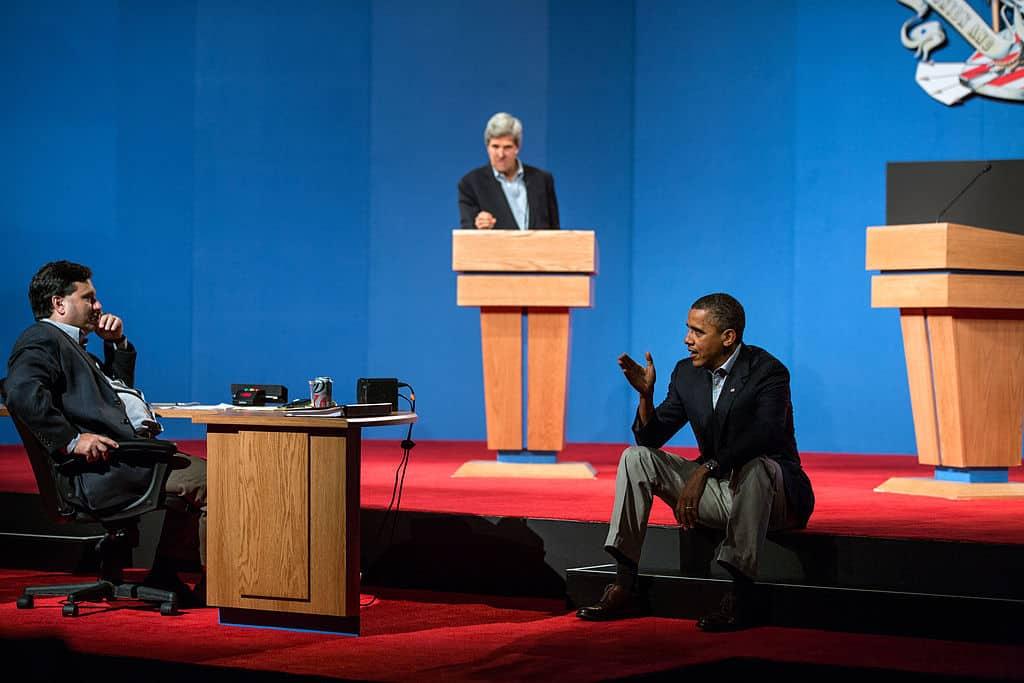 1024px-Barack_Obama_presidential_debate_preparations