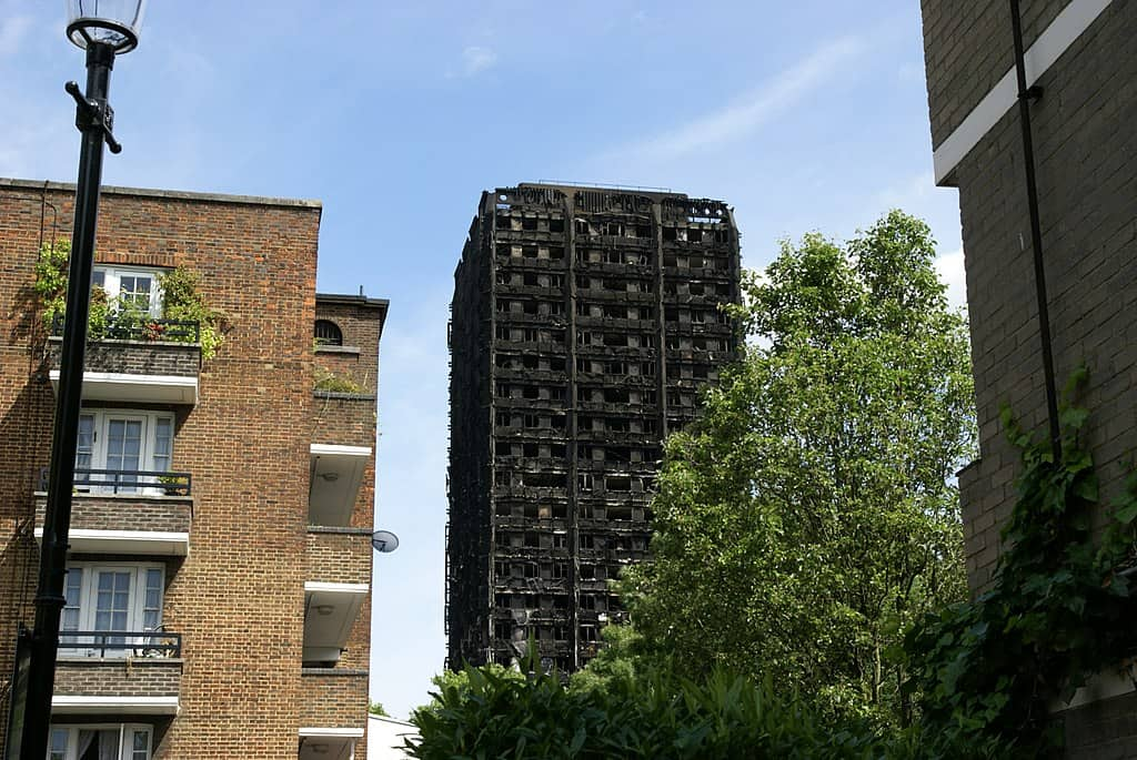 1024px-Grenfell_Tower_(34506599404)