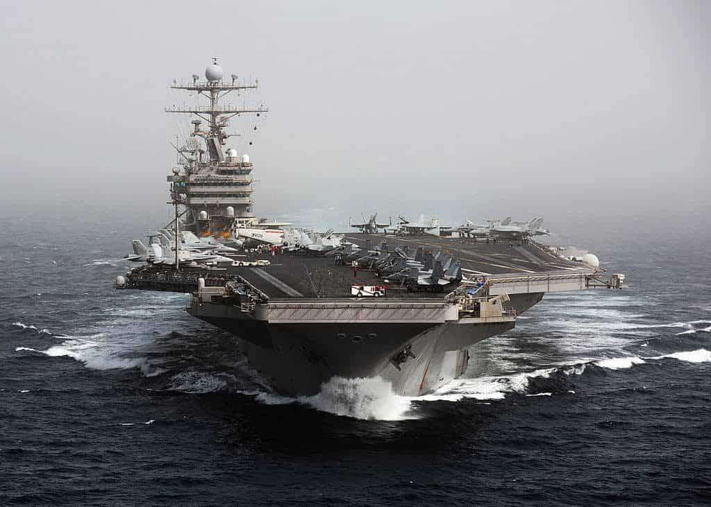 1024px-US_Navy_101205-N-4856N-174_The_aircraft_carrier_USS_Abraham_Lincoln_CVN_72_transits_the_Arabian_Sea