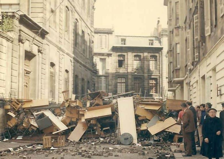 1968-05_Évènements_de_mai_à_Bordeaux_-_Rue_Paul-Bert_2-e1525905515745