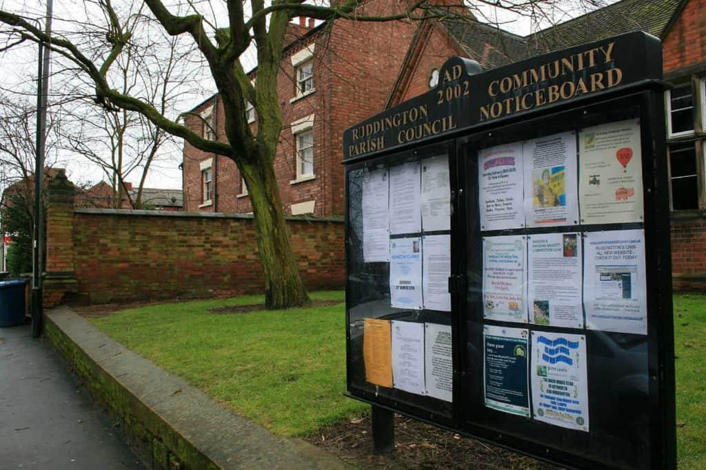 Ruddington_Parish_Council_Community_Notice_Board_-_geograph.org_.uk_-_1725978