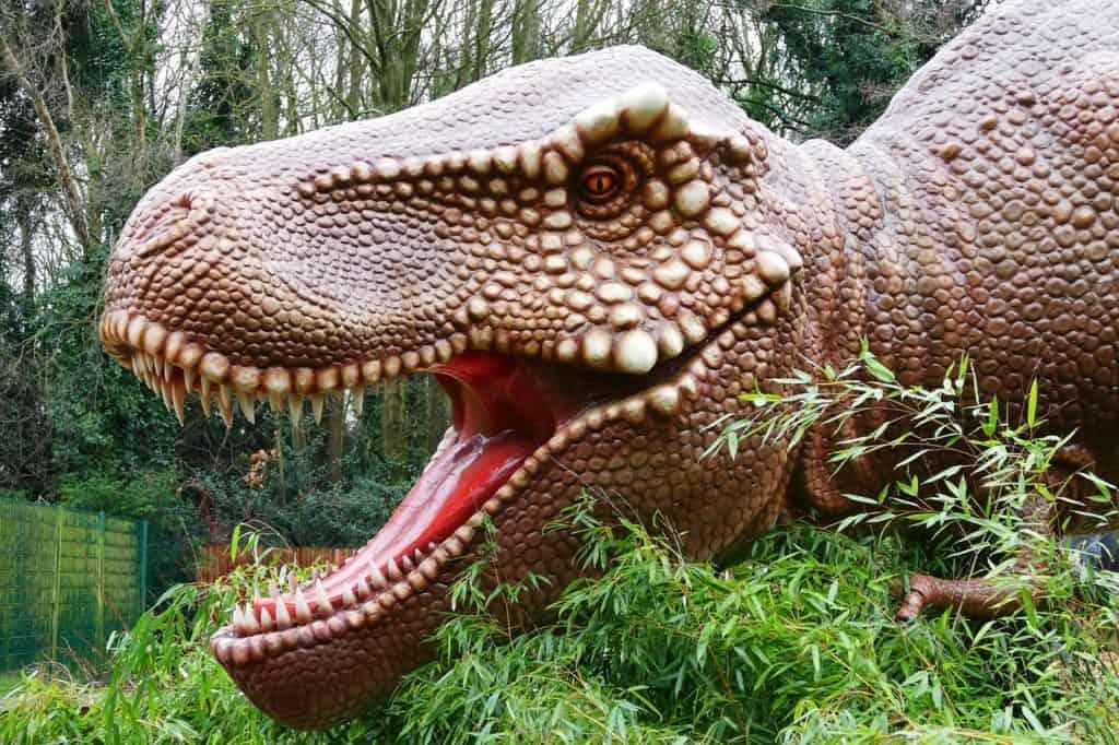 dinosaurs-1950624_1280