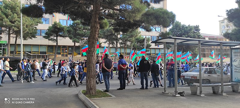 800px-Demonstartion_in_Baku_to_support_National_Army_of_Azerbaijan_in_the_war_with_Armenia