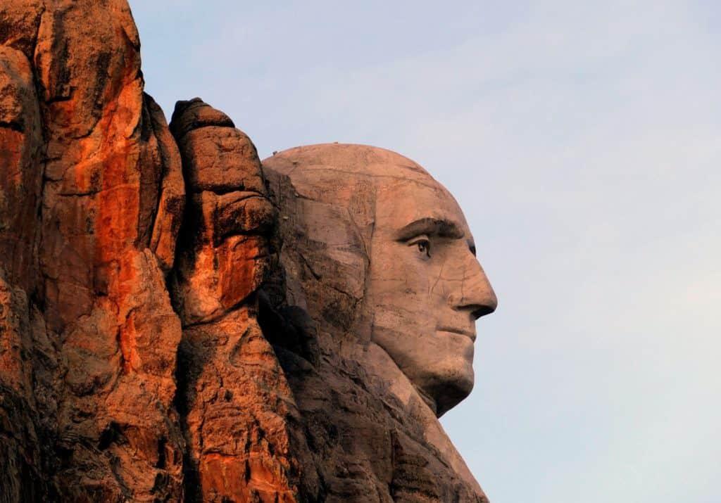 famous-george-washington-granite-landmark-416027