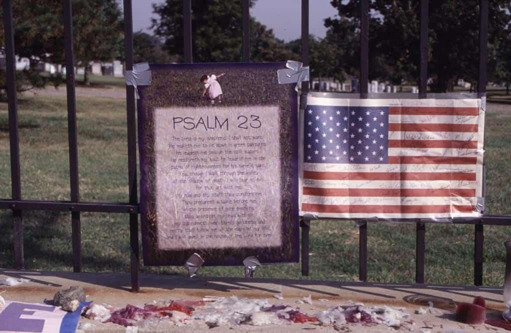 memorial-at-the-pentagon-psalm-23-1024