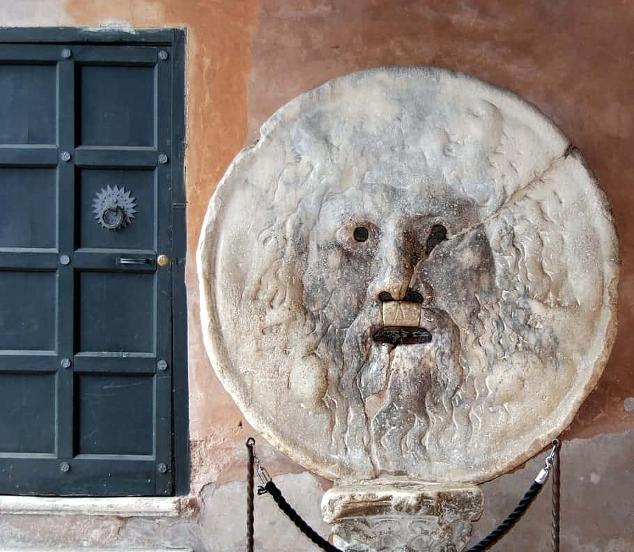 mouth-truth-sculpture-rome-italy