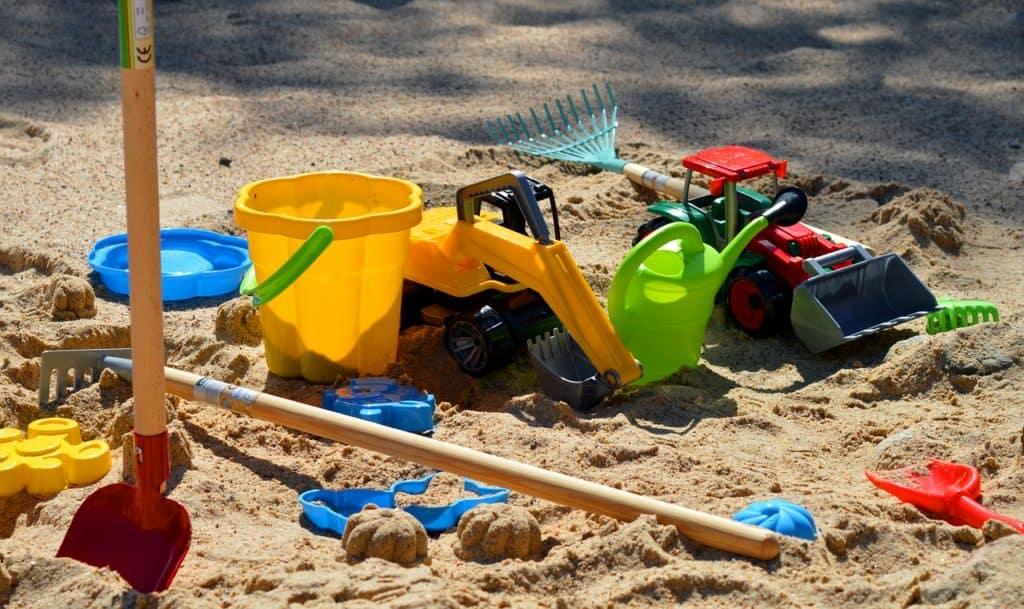sand-pit-5158635_1280
