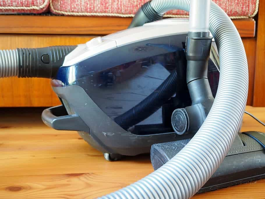 vacuum-cleaner-hand-vacuum-cleaner-battery-sucker-bagless